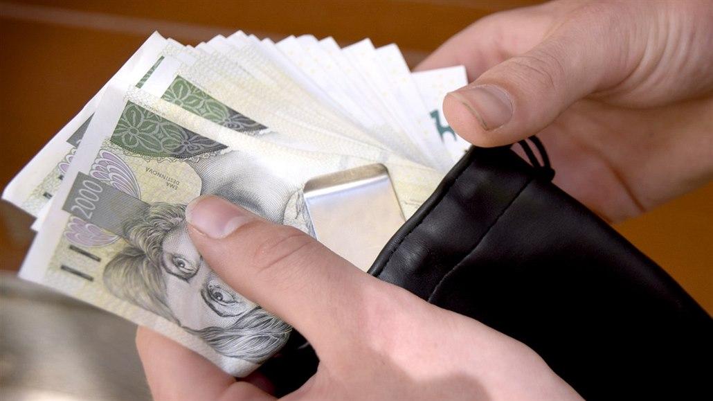 Průměrná mzda stoupla na 31,5 tisíce, většina zaměstnanců na ni nedosáhne