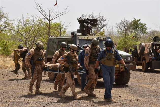 České vozidlo v Mali najelo na výbušninu. Vojáci jsou v pořádku