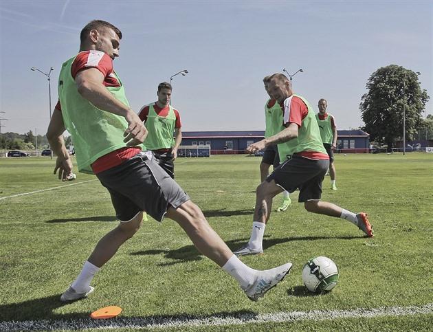 Havel semaine trépidante: transfert à Pilsen et ruban capitaine en préparation