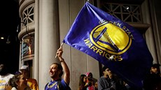 Fanoušci Golden State Warriors slaví titul v NBA.