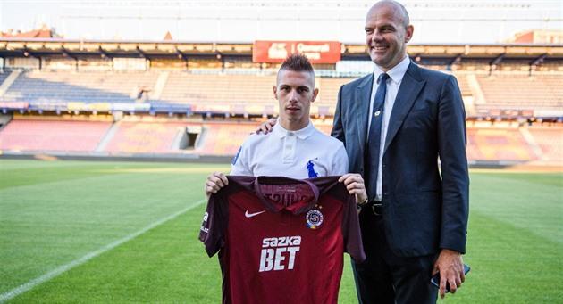 Posting lain, Sparta menutup transfer gelandang Serbia, Plavšić