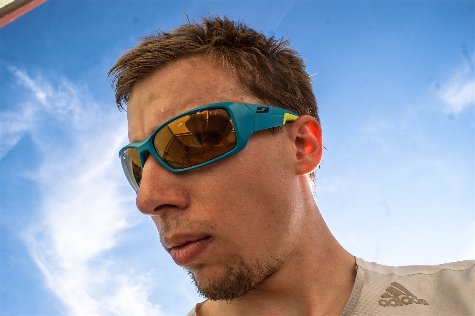 TEST  sportovní brýle adidas Julbo Run s fotochromatickými zorníky Zebra 726e0f4729e3