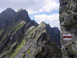 Orla Perć: pohled na Skrajny Granat od vrchu Wielka Buczynowa Turnia