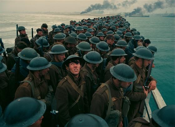 Dunkerk - Vojsko na lodi