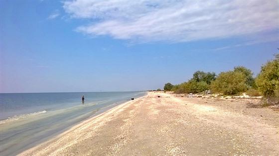 Nedohledná pláž táhnoucí se mezi Sfântu Gheorghe a Sulinou