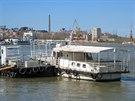 Tulcea, nábřeží Dunaje. Odtud odplouvají lodě po všech třech ramenech Delty...