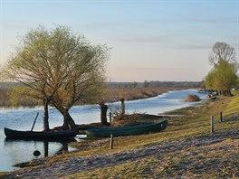 Celé území delty je prošpikované většími i užšími kanály (Letea).