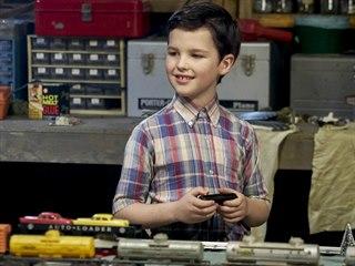 Iain Armitage v titulní roli seriálu Mladý Sheldon