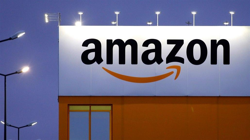 Boj o 1. místo: Amazon na chvíli překonal Microsoft, ten před tím Apple