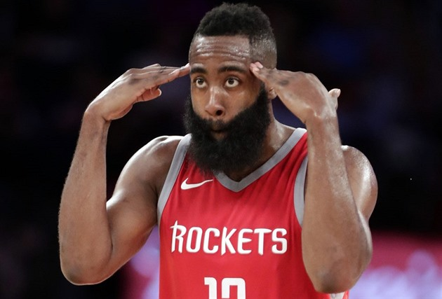 James Harden z Houstonu a jeho oslava