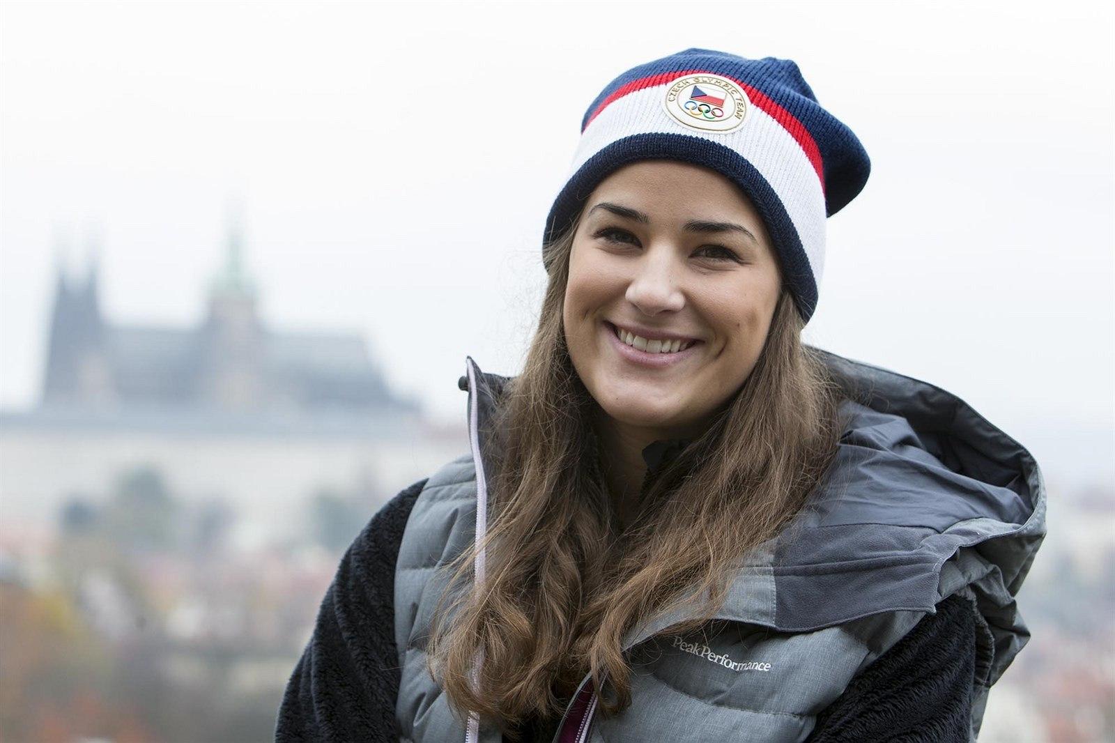 Skikrosařka Andrea Zemanová při představování první části olympijské  kolekce - takzvané Raškovky. ccdc530069