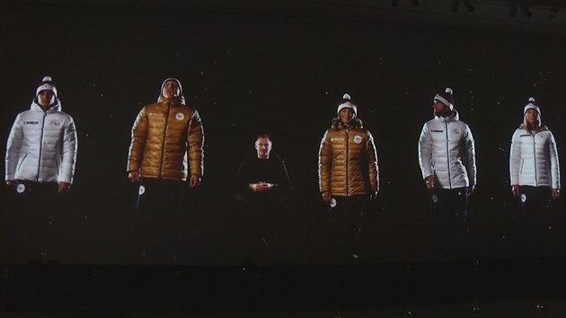 Fotogalerie  Skikrosařka Andrea Zemanová při představování první části  olympijské kolekce -. e702ec18e3