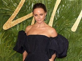 Návrhářka Stella McCartney na Britain Fashion Awards 2017 (Londýn, 4. prosince...