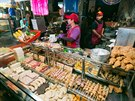 Kulinářskou povinností v Tchaj-peji jsou noční trhy.