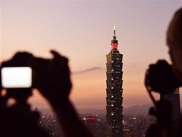 Taipei 101 se svými 508 metry patří mezi nejvyšší stavby na světě.