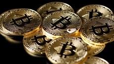 Bitcoin se znovu výrazně propadnul. Trh s kryptoměnami přišel o téměř 100 miliard dolarů