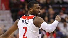 John Wall z Washingtonu se raduje z trefy.