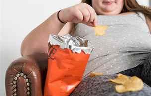 Zdravé stravování? Občas hladovka, dovoleno je i přejídání, tvrdí vědci