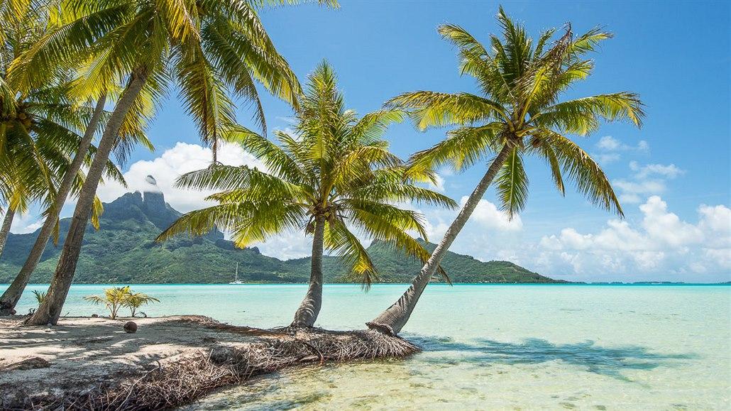 Ostrov Bora Bora patří právem k nejhezčím místům na Zemi.