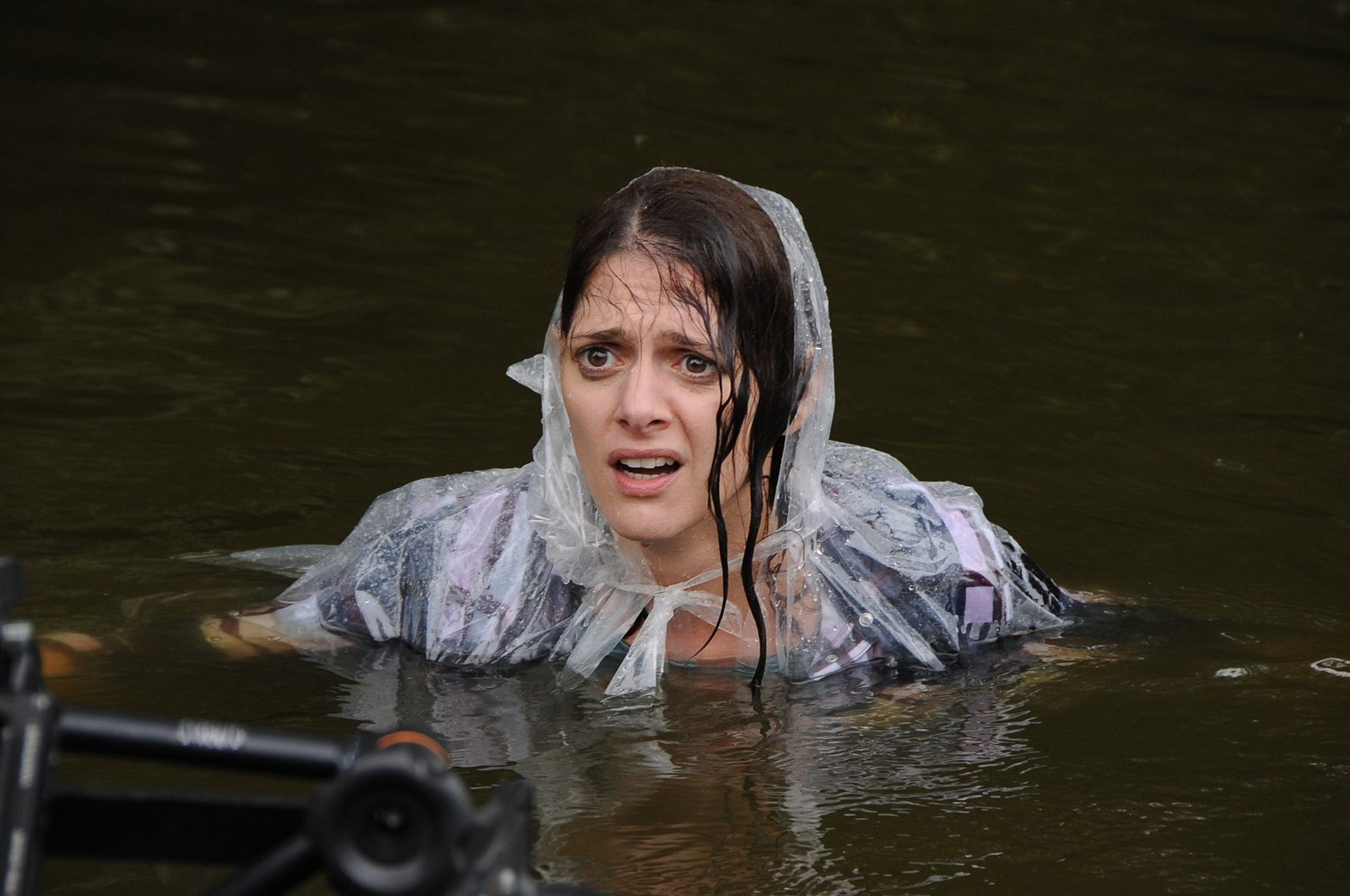 cfba004476f Fotogalerie  Klára Issová ve filmu Zoufalé ženy dělají zoufalé věci ...