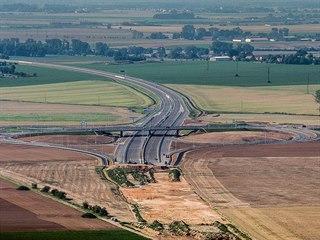 Dálnice D11 od léta 2017 končí u hradecké čtvrti Kukleny.