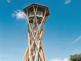 Borůvka, Hluboká, výška: 18 metrů. Veřejnosti je přístupná od roku 2005 a...