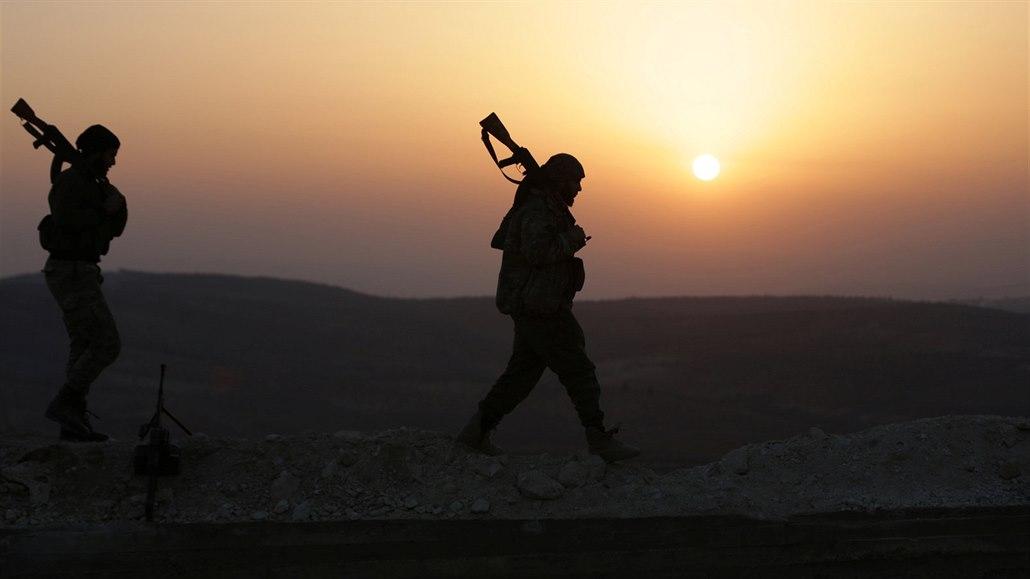 Milice podporované Tureckem v severosyrském regionu Afrín (6. února 2018)