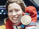 MEDAILE. Snowboardcrossařka Eva Samková obdržela bronzovou medaili ze zimních...
