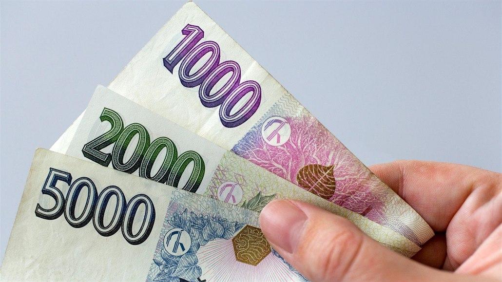 Dokážete přiřadit české bankovky k osobnostem, které jsou umístěny na bankovkách?