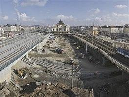 Poslední výhled z budovy stavědla zvaného Radbuza na centrální vlakové nádraží....