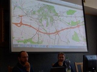 Z veřejného jednání o budoucí trase D35 Vysoké Mýto - Džbánov.