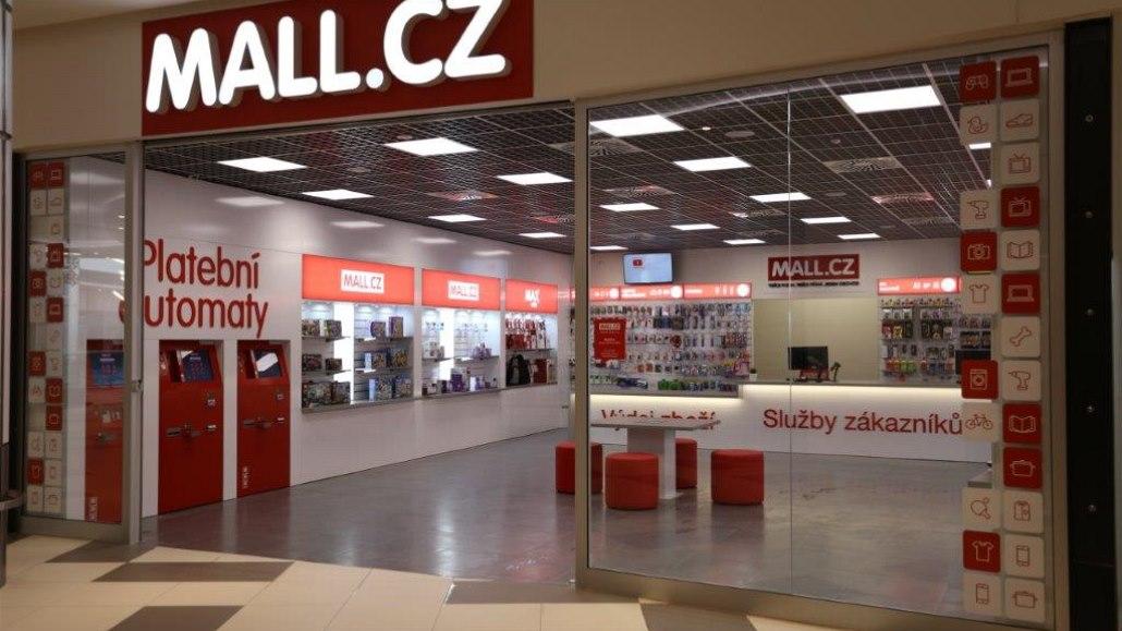 Mall možná vstoupí na burzu, Kellner s Křetínským zvažují prodej podílů