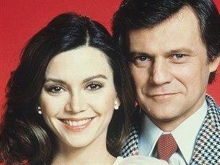 Victoria Principalová a Ken Kercheval v seriálu Dallas (1978)