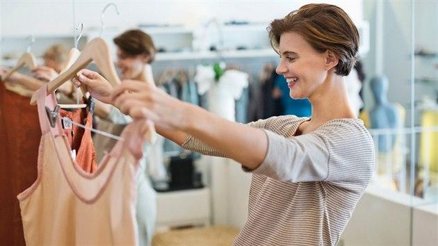 Narazila jste v obchodě na neodolatelné oblečení  Nejdřív se ujistěte 3c615e762e