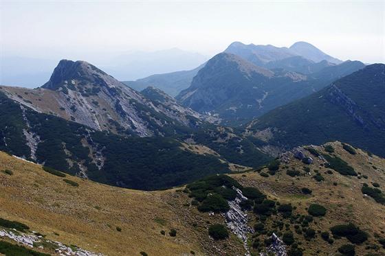 Vaganski vrh: hřeben Velebitu na jihovýchod