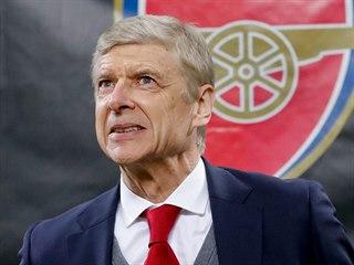 Arsene Wenger, trenér Arsenalu, při utkání Evropské ligy na AC Milán v březnu...