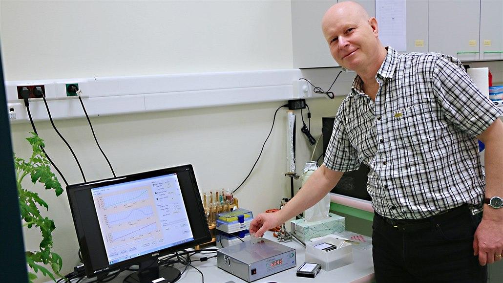 Vedoucí oddělení biofyziky olomouckého Centra regionu Haná pro  biotechnologický. df53dd800a8
