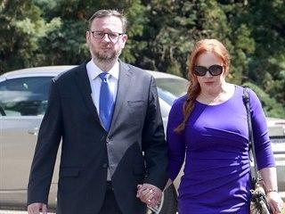 Manželé Petr a Jana Nečasovi přicházejí na slavnostní  recepci, kterou...