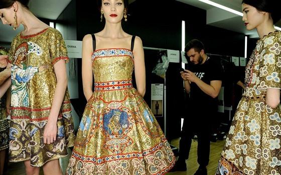 0ae89135d79 Dolce   Gabbana