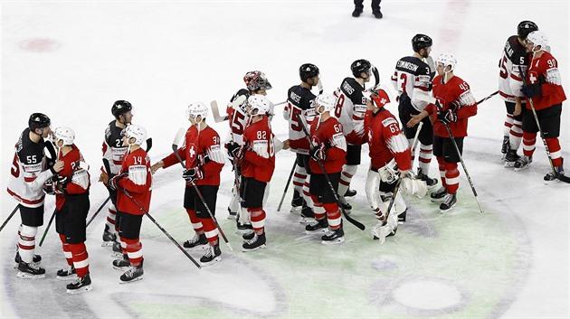 5de495733 MS V HOKEJI. Kanada do finále nepostoupila, na mistrovství světa ji  zastavilo Švýcarsko.