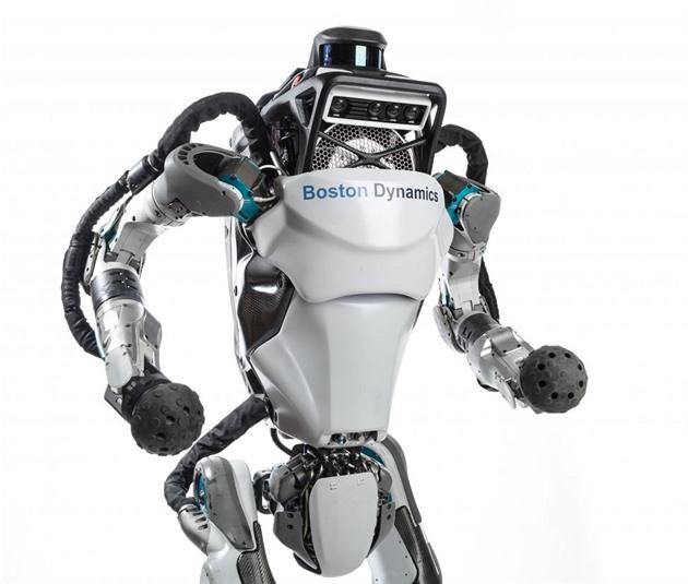 Pozor, běží robot Boston Dynamics je společnost, o které asi