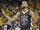 Stephen Curry z Golden State v duelu s Houstonem