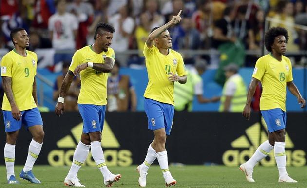 Jednoho z favoritůšampionátu Brazílii po nečekané úvodní remíze 1:1 se