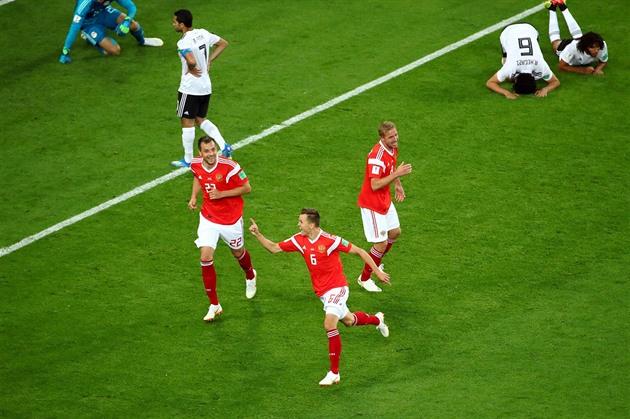 Rusové rozjeli druhé kolo základních skupin dalším vítězstvím. Egyptu nepomohl