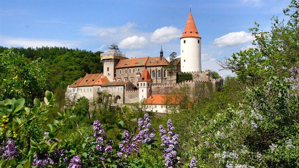 Slepá mapa: Kost, Loket, Házmburk. Hledejte hrady a zámky v Česku
