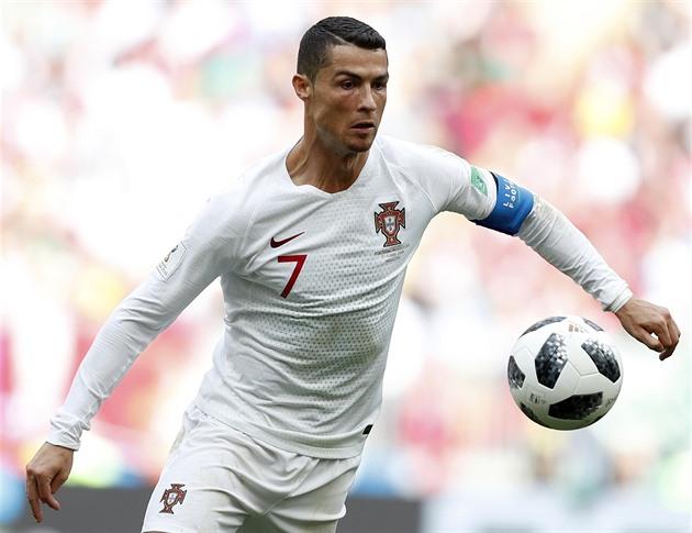 3c9d1ad9c MS 2018 - Fotbal   Dál v hlavní roli. Portugalská hvězda Ronaldo ...