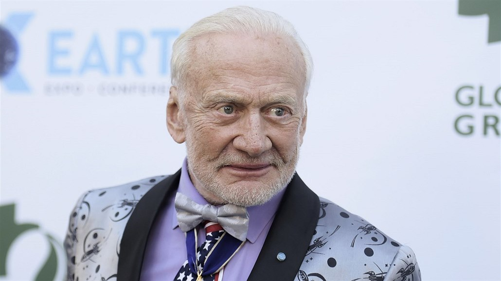 "Edwin ""Buzz"" Aldrin ( Los Angeles, 28. února 2018)"