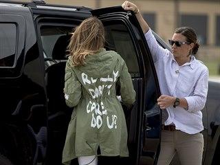 První dáma USA Melania Trumpová na návštěvě centra pro migranty v Texasu (21....