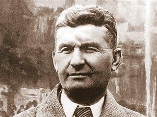 Zakladatelem zlínské továrny byl Tomáš Baťa (vpravo), který na trh prorazil s...