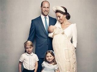 Princ Louis, třetí potomek prince Williama a Kate Middletonové, byl v pondělí...